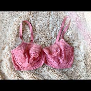Victoria's Secret Dream Angels pink lace bra